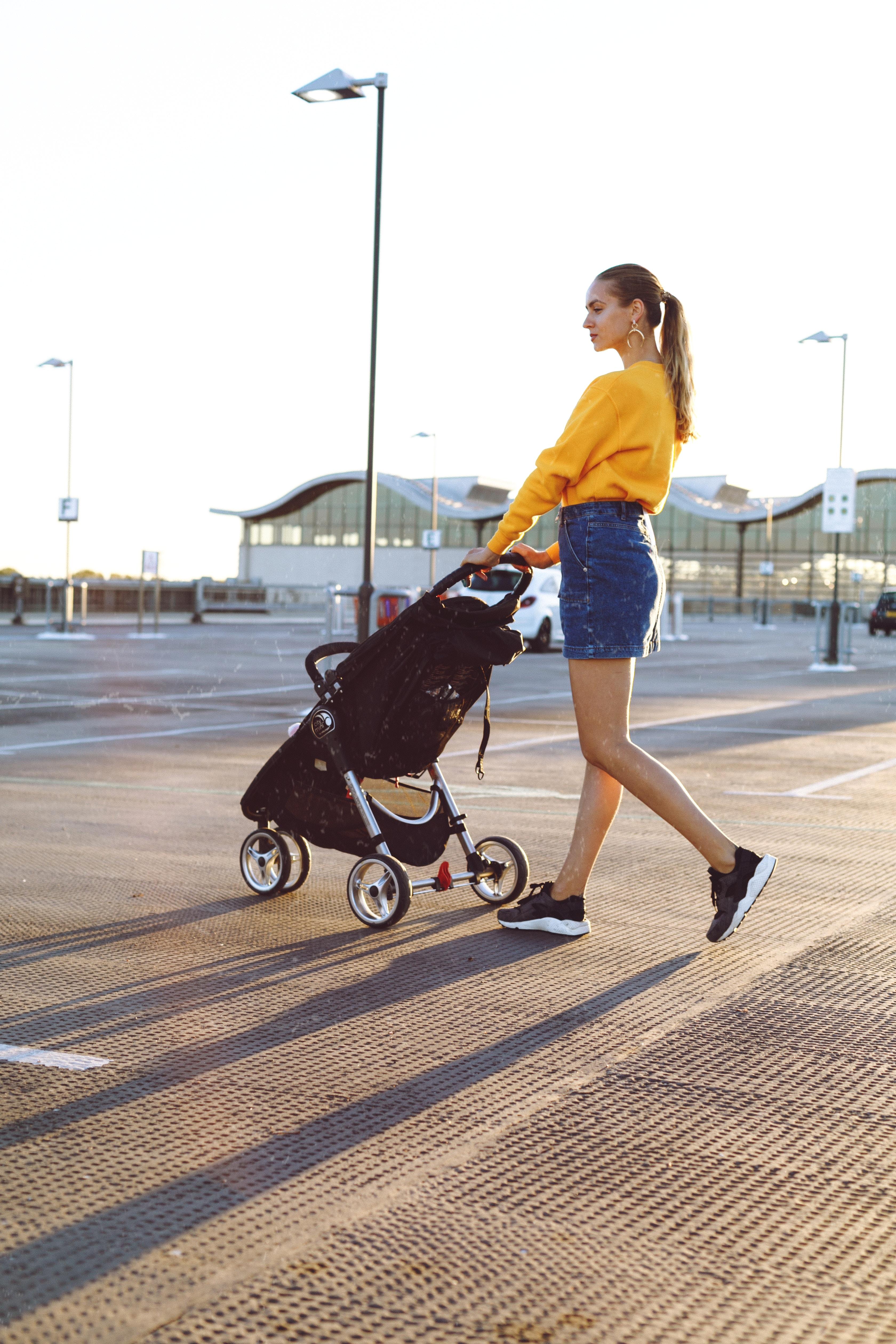 Un carrito para bebé tiene que ser práctico y útil